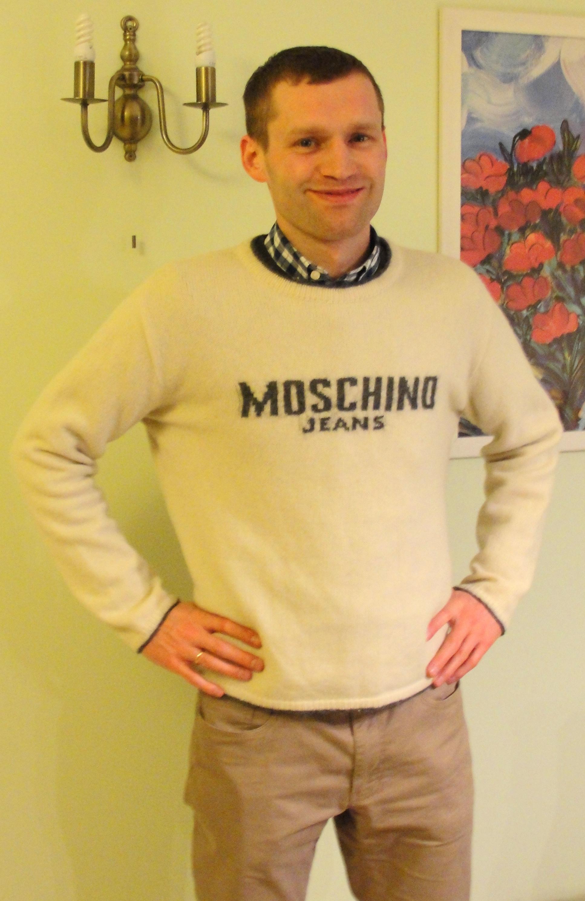 sweter męski moschino